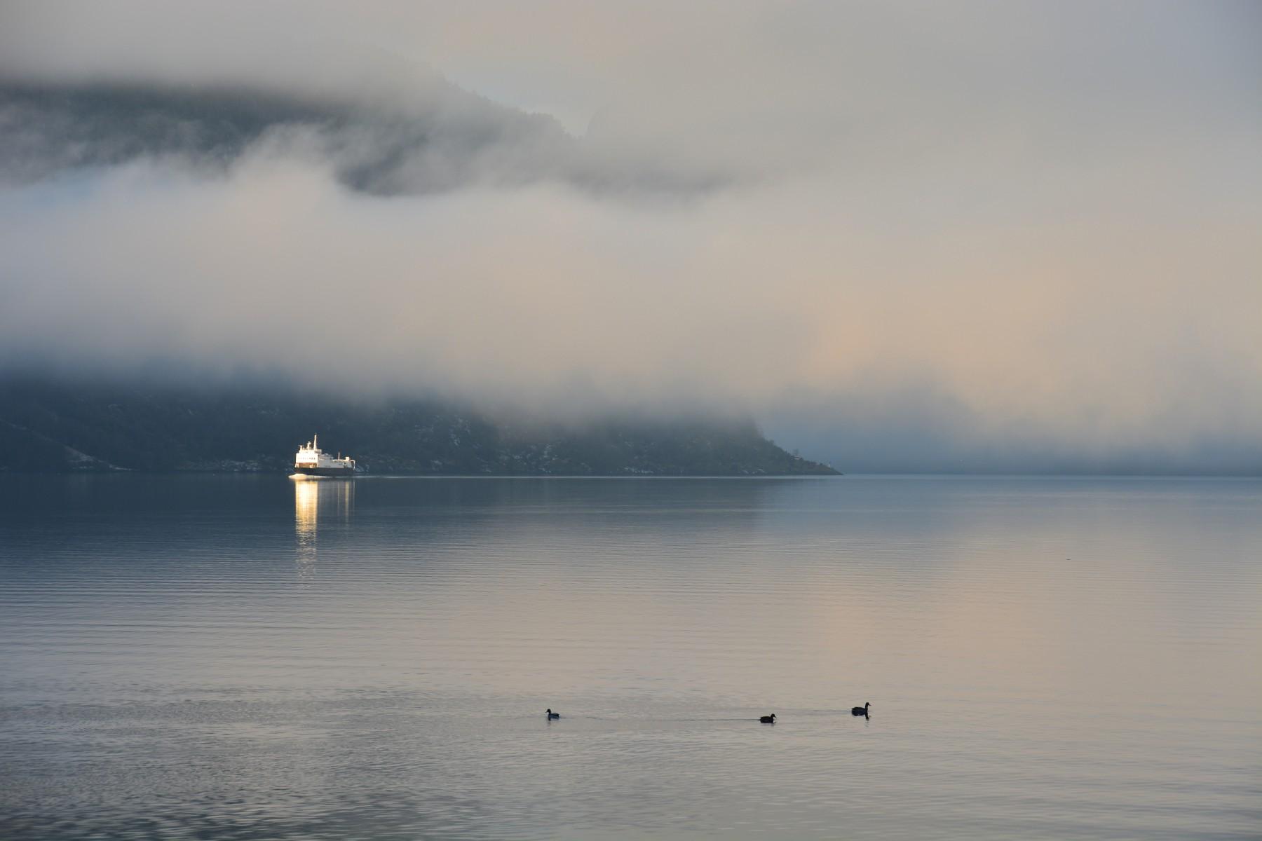 The ferry 'Fanaraaken'