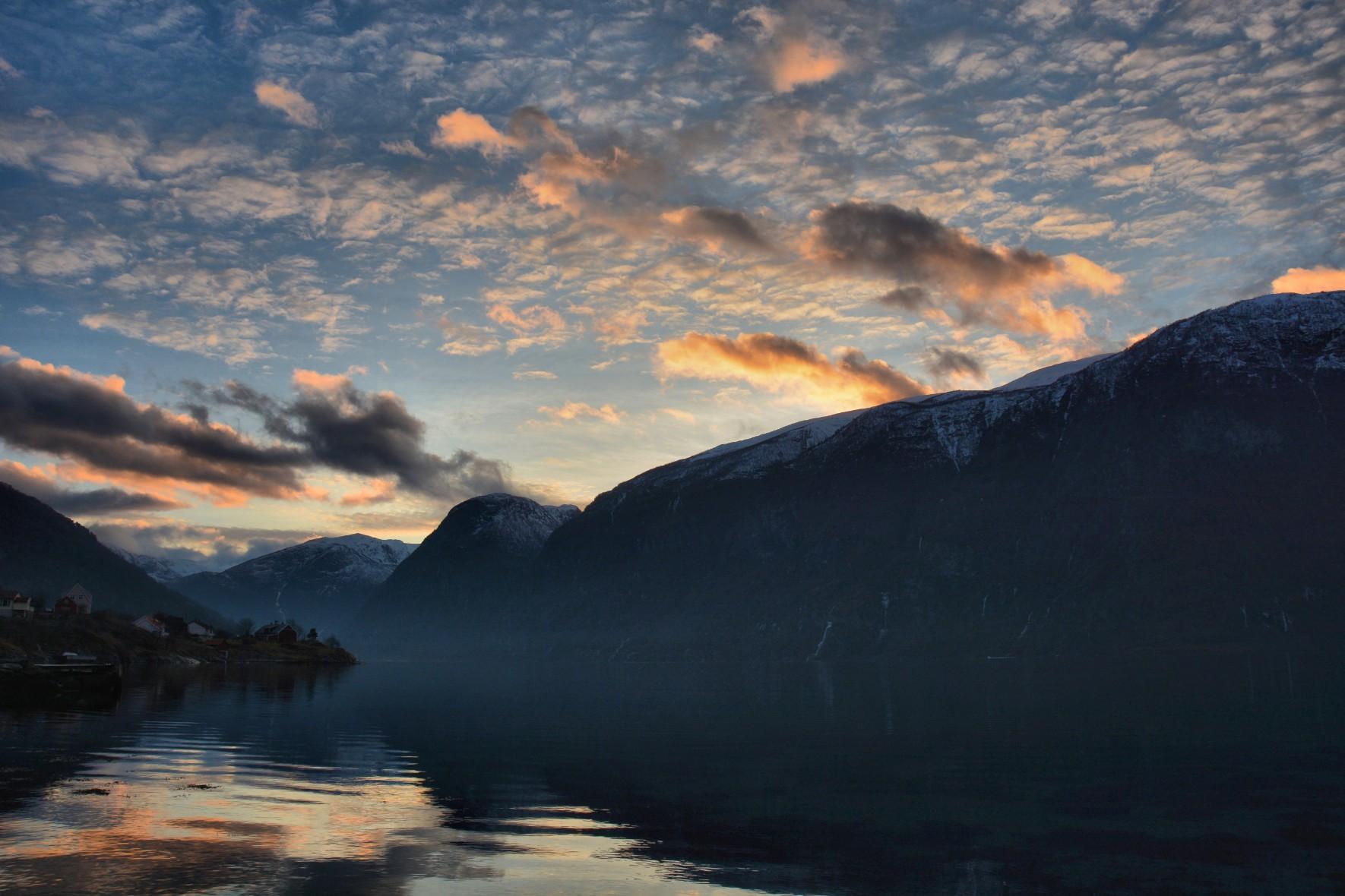 Aurlandsfjord sunset