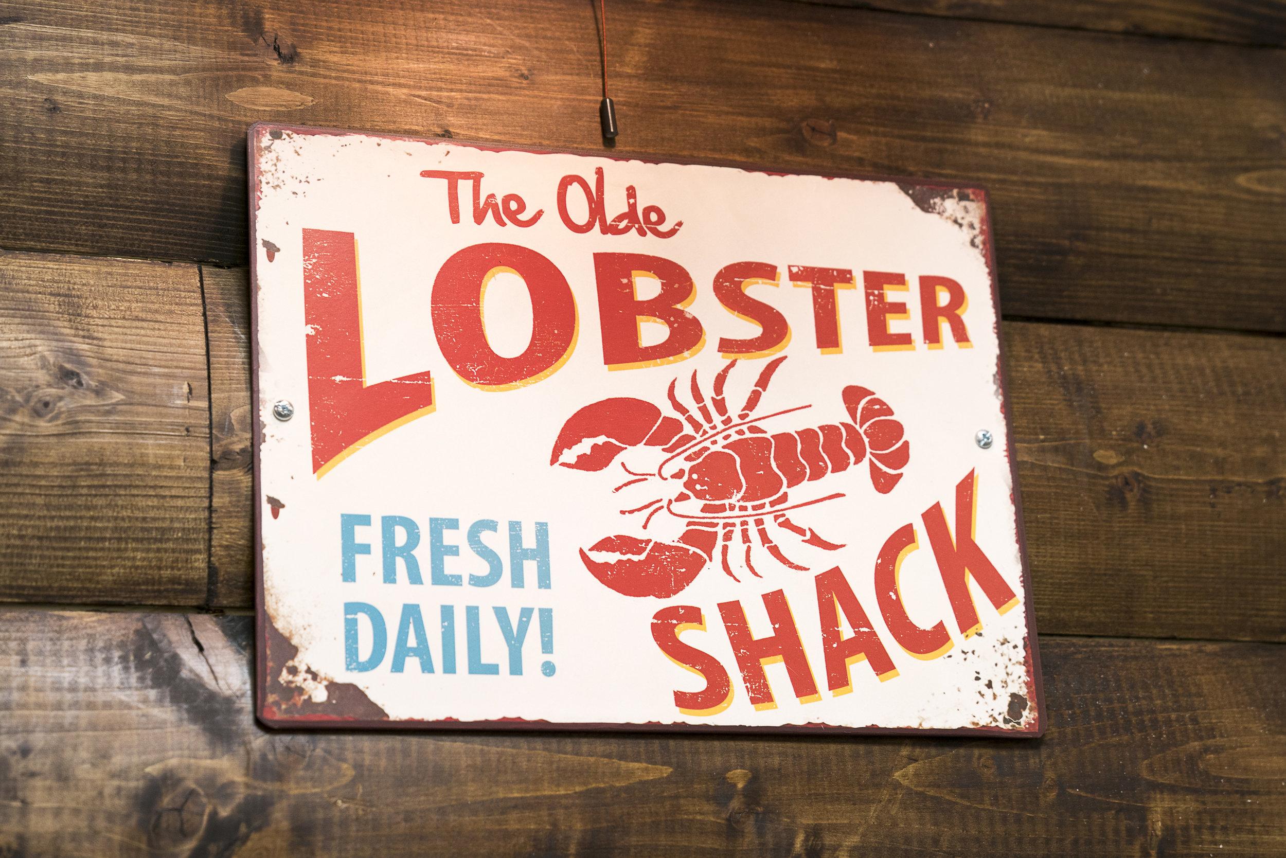 the olde lobster shack sign.JPG