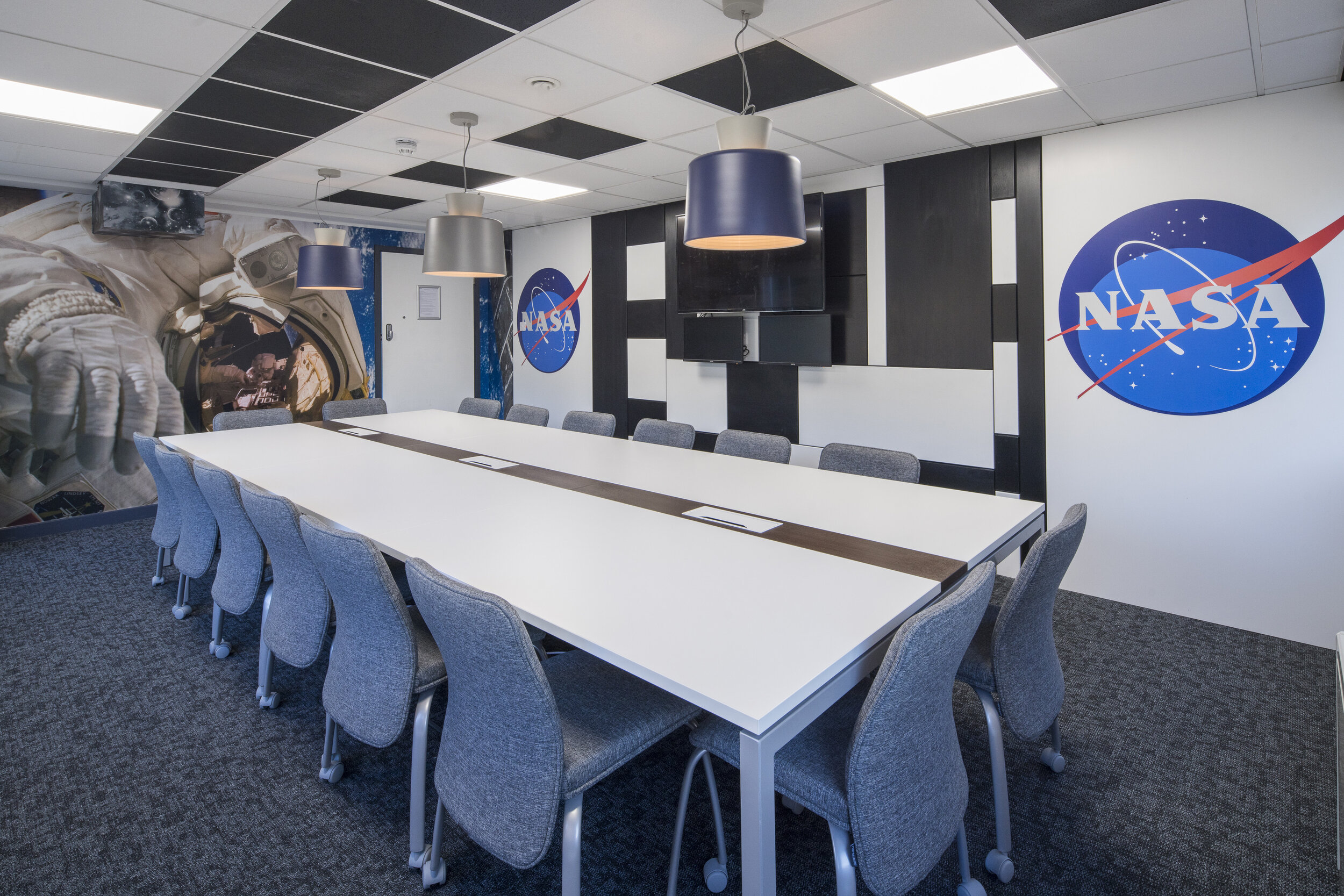 16 Person Meeting Room - NASA.jpg