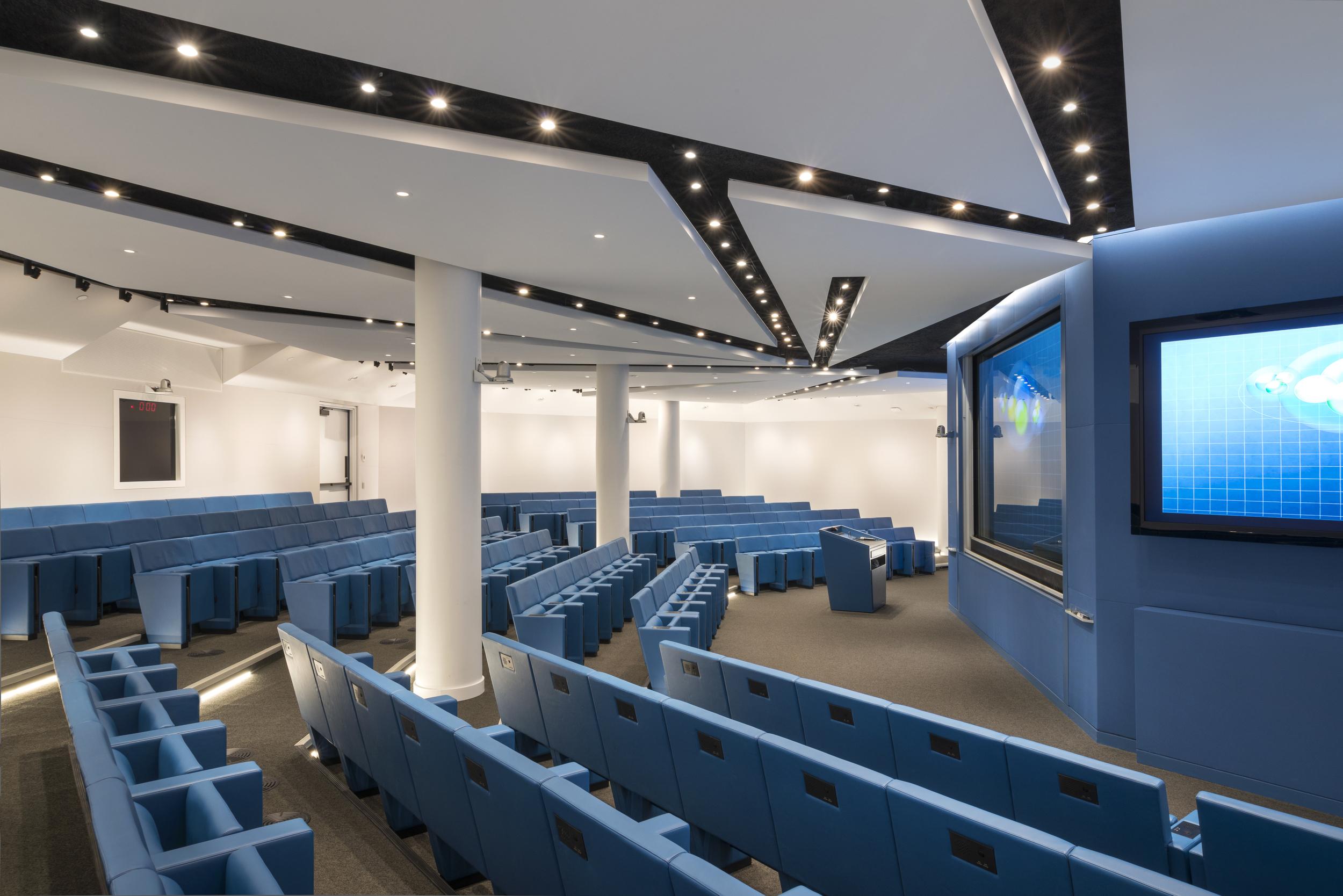Simons Auditorium NYC (10).jpg