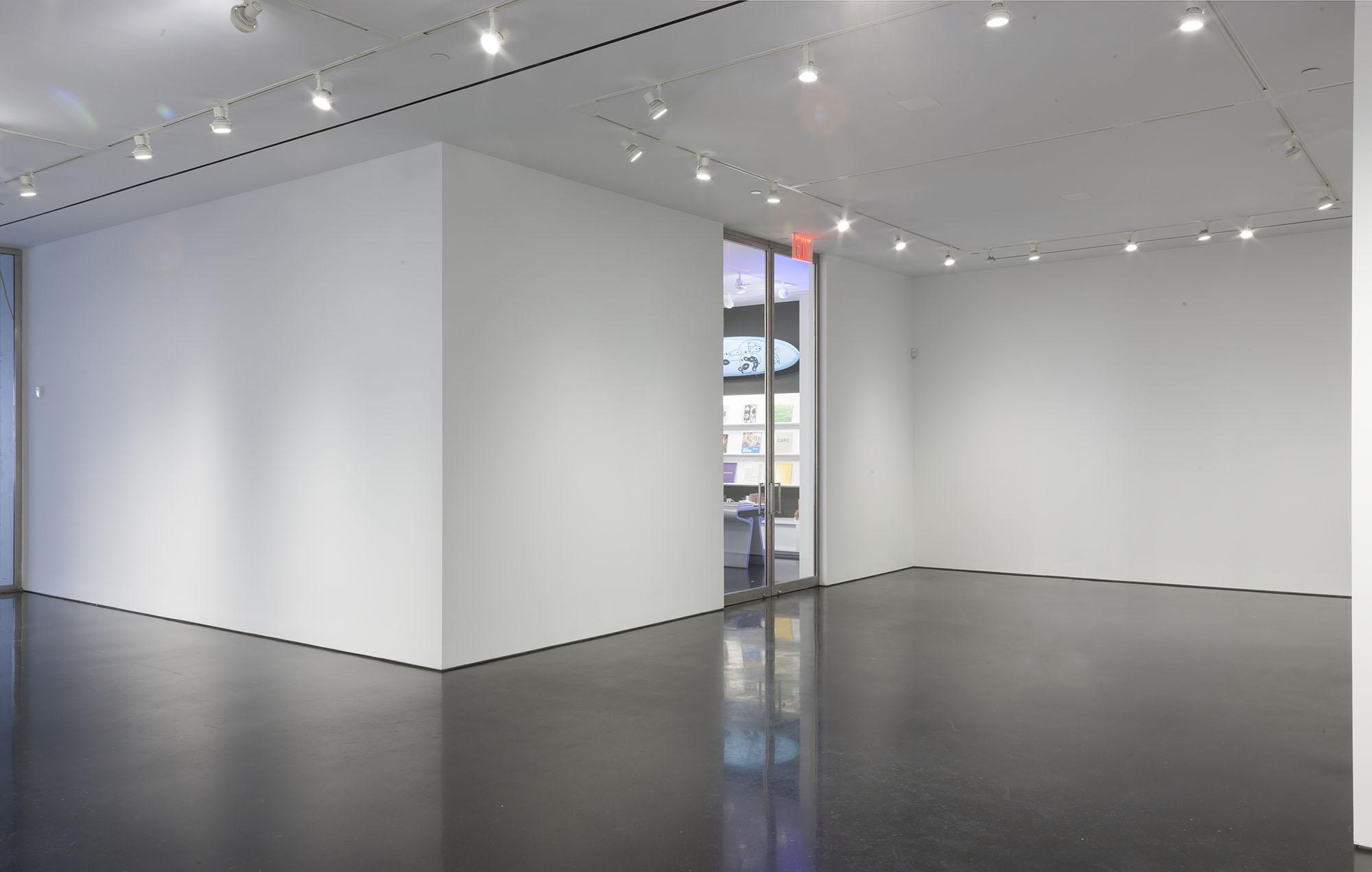 976 Gallery 05.jpg