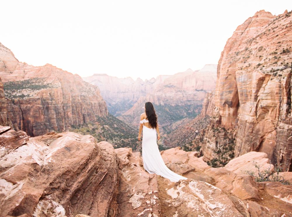 Zion Wedding Photographer Jenny Losee (32 of 41).jpg