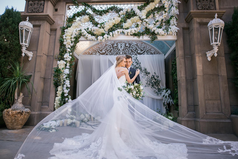 The Huntley Hotel in Santa Monica Editorial Wedding Photo