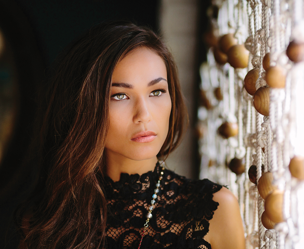 by Gina Borgia and Kris Janney photography Brian Leahy • model Lisa Dillon • hair Dustin Jason • makeup Amber Esparza