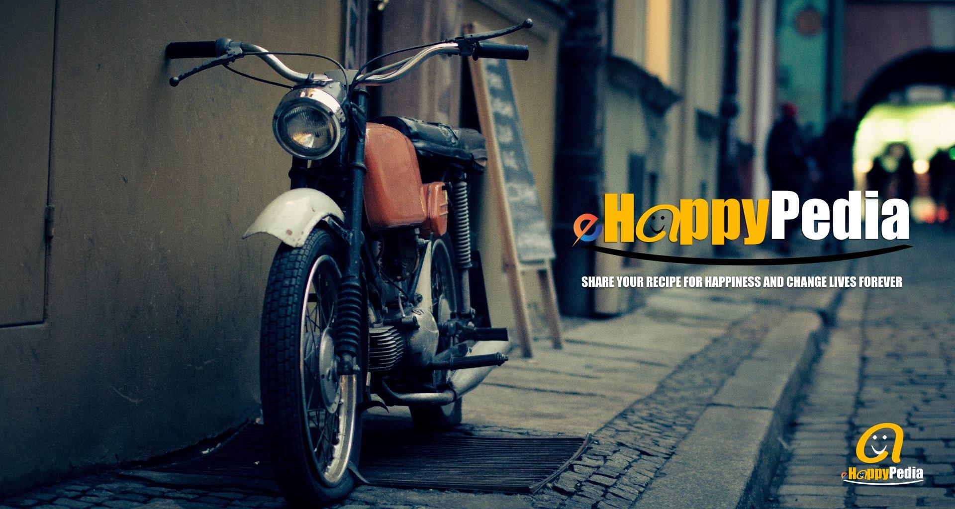 street motocycle dark.jpeg