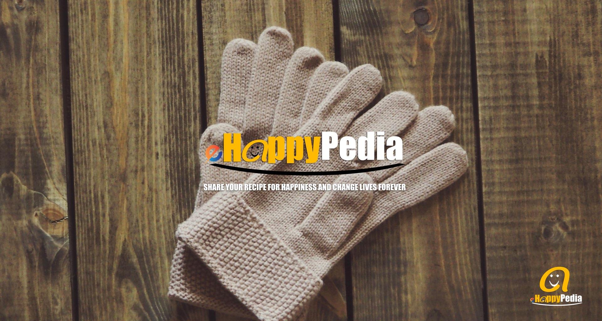 hand cloves wool autumn.jpeg