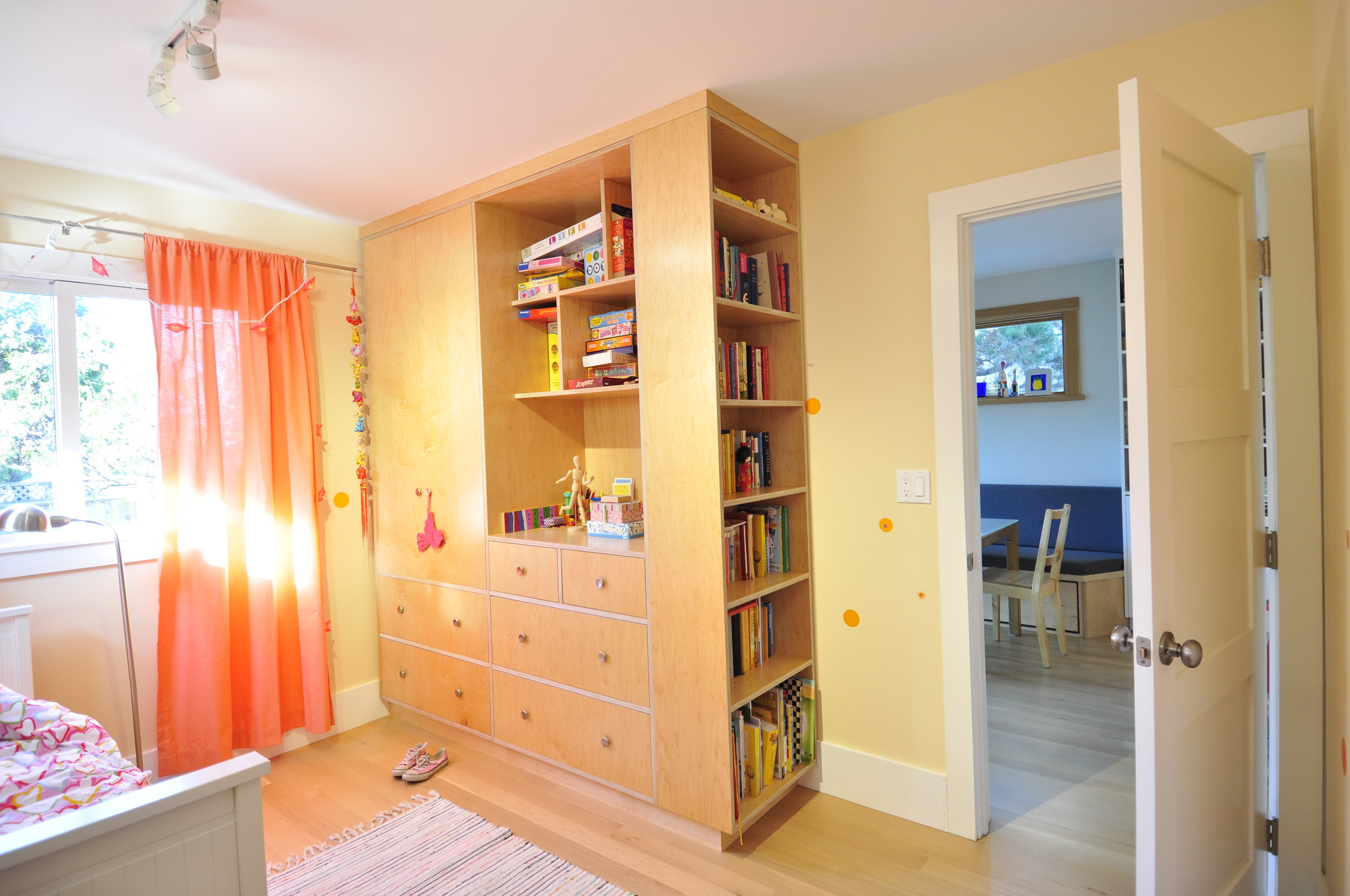 Girls Bedroom Storage.JPG