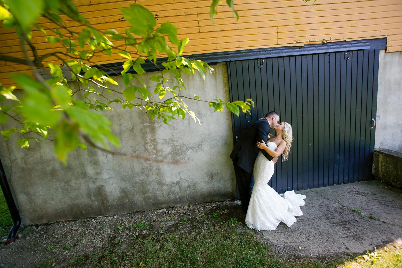 Lidquist-Kniss-st-james-farm-forest-preserve-dupage-noahs-naperville-wedding-ruthie-hauge-photography.jpg