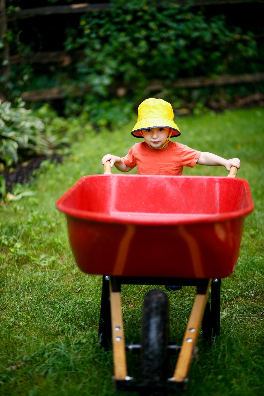 baby-toddler-family-portrait-session-ruthie-hauge-photography-elburn-batavia-st-charles-geneva-sycamore-candid.jpg