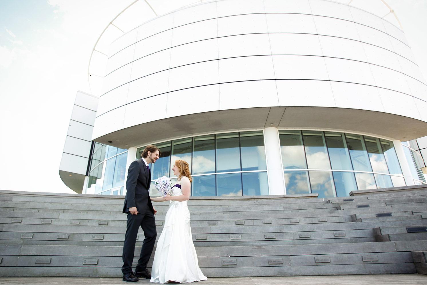 milwaukee-discovery-world-pier-wisconsin-wedding-ruthie-hauge-photography-14.jpg