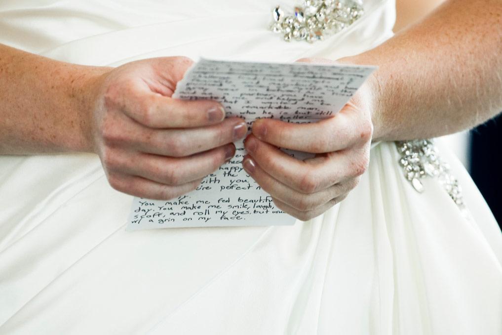 milwaukee-discovery-world-pier-wisconsin-wedding-ruthie-hauge-photography-33.jpg