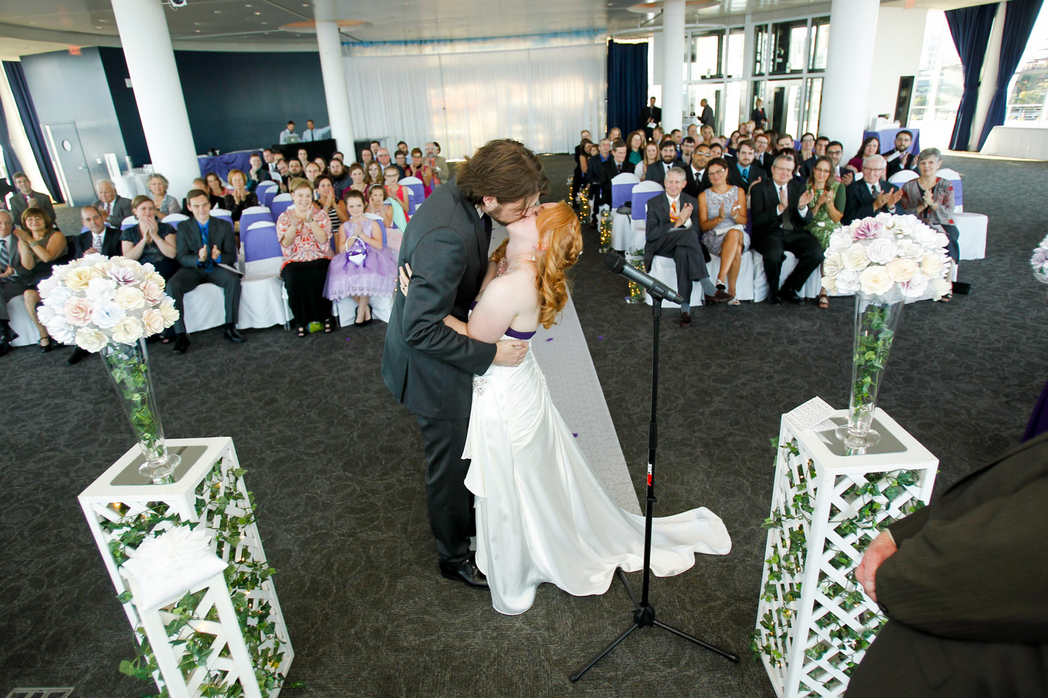 milwaukee-discovery-world-pier-wisconsin-wedding-ruthie-hauge-photography-36.jpg