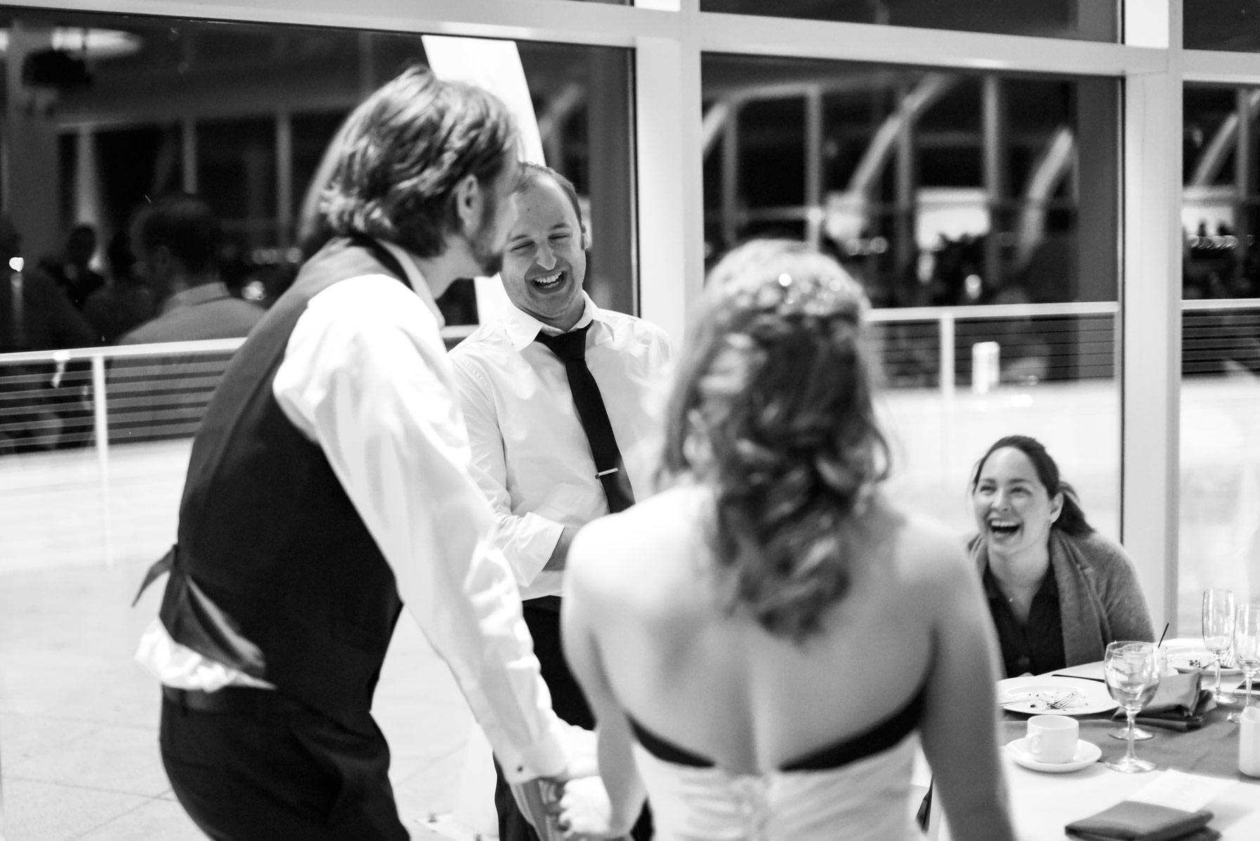 milwaukee-discovery-world-pier-wisconsin-wedding-ruthie-hauge-photography-60.jpg