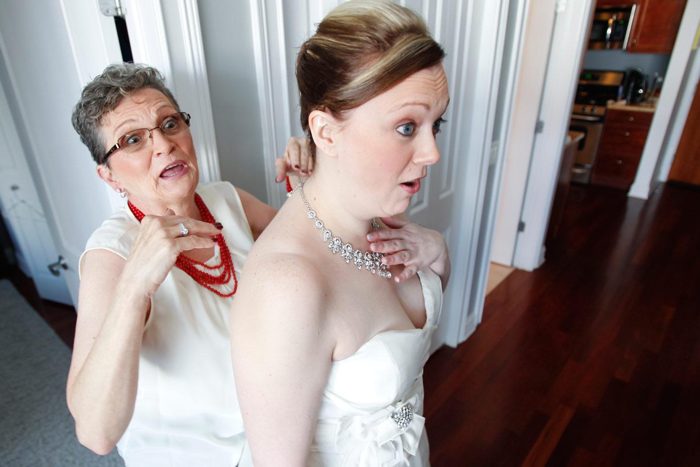 revolution-brewing-chicago-blackhawks-wedding-ruthie-hauge-photography-12.jpg