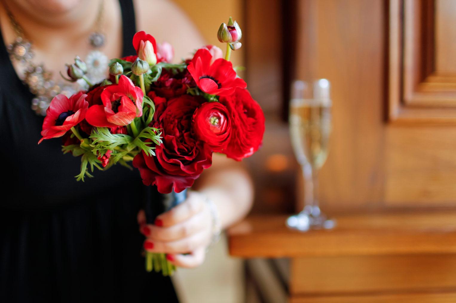 revolution-brewing-chicago-blackhawks-wedding-ruthie-hauge-photography-25.jpg