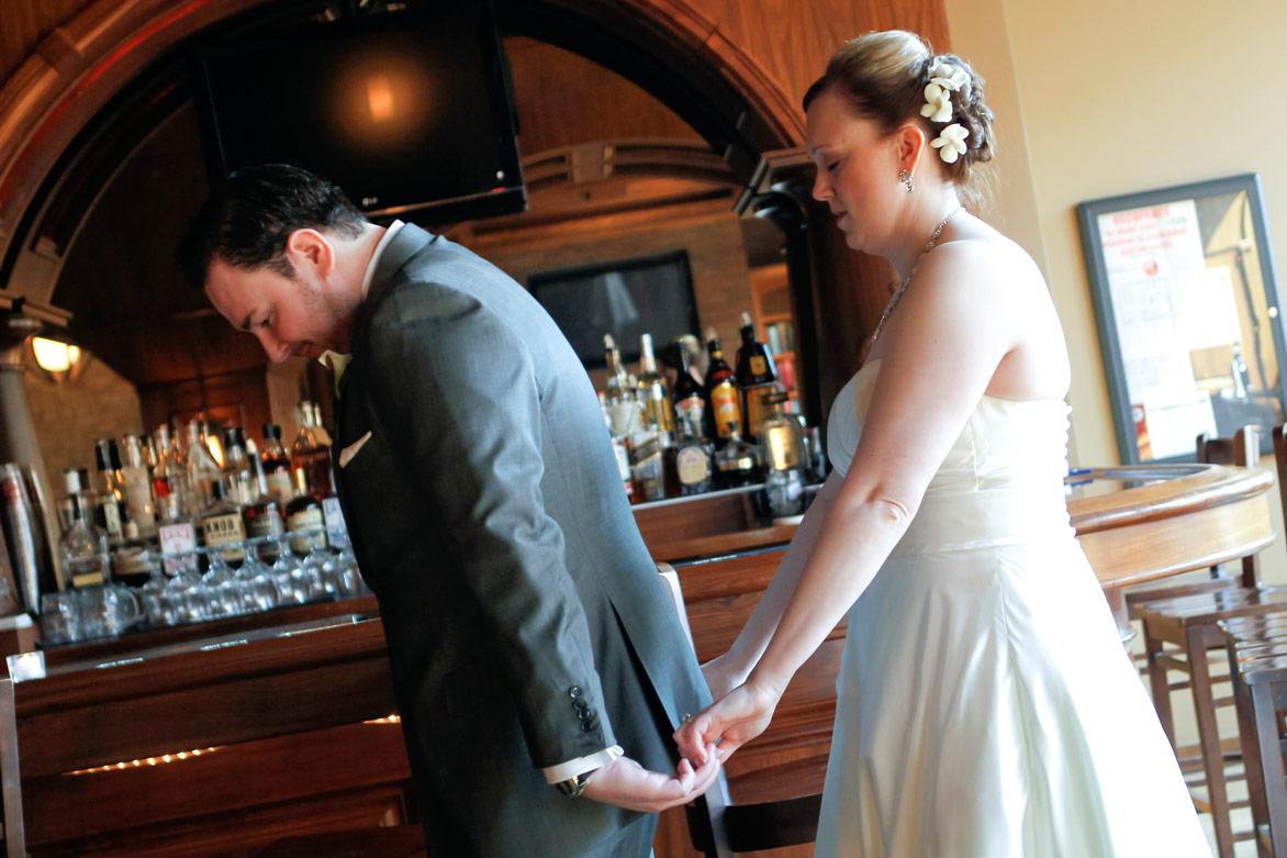 revolution-brewing-chicago-blackhawks-wedding-ruthie-hauge-photography-29.jpg