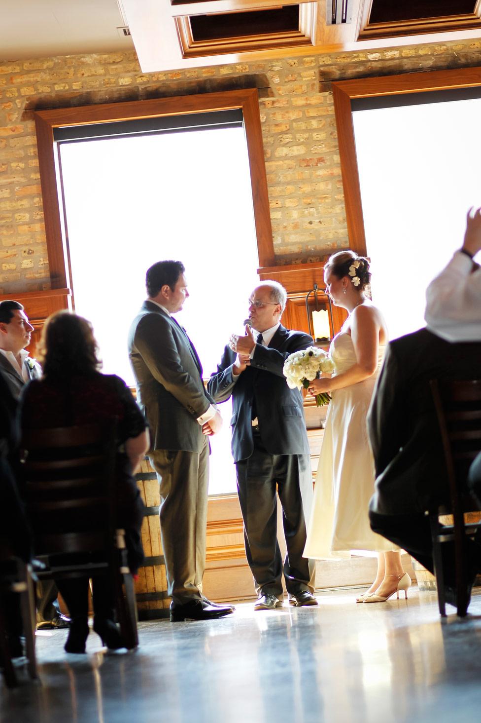 revolution-brewing-chicago-blackhawks-wedding-ruthie-hauge-photography-40.jpg