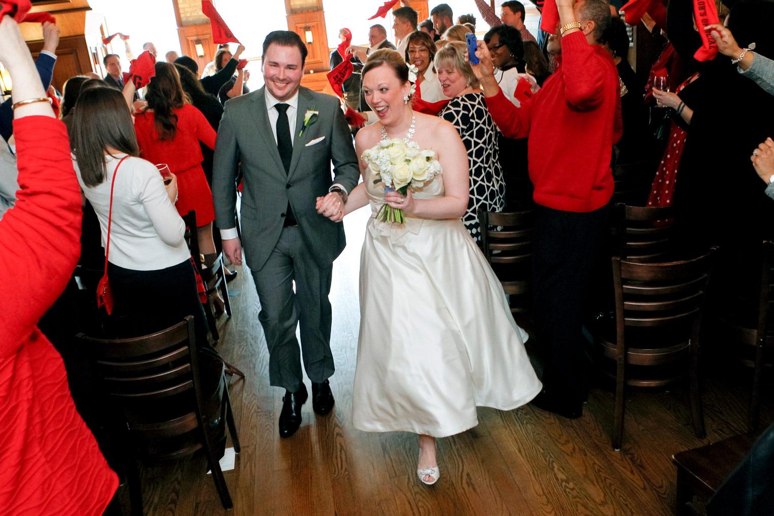 revolution-brewing-chicago-blackhawks-wedding-ruthie-hauge-photography-49.jpg