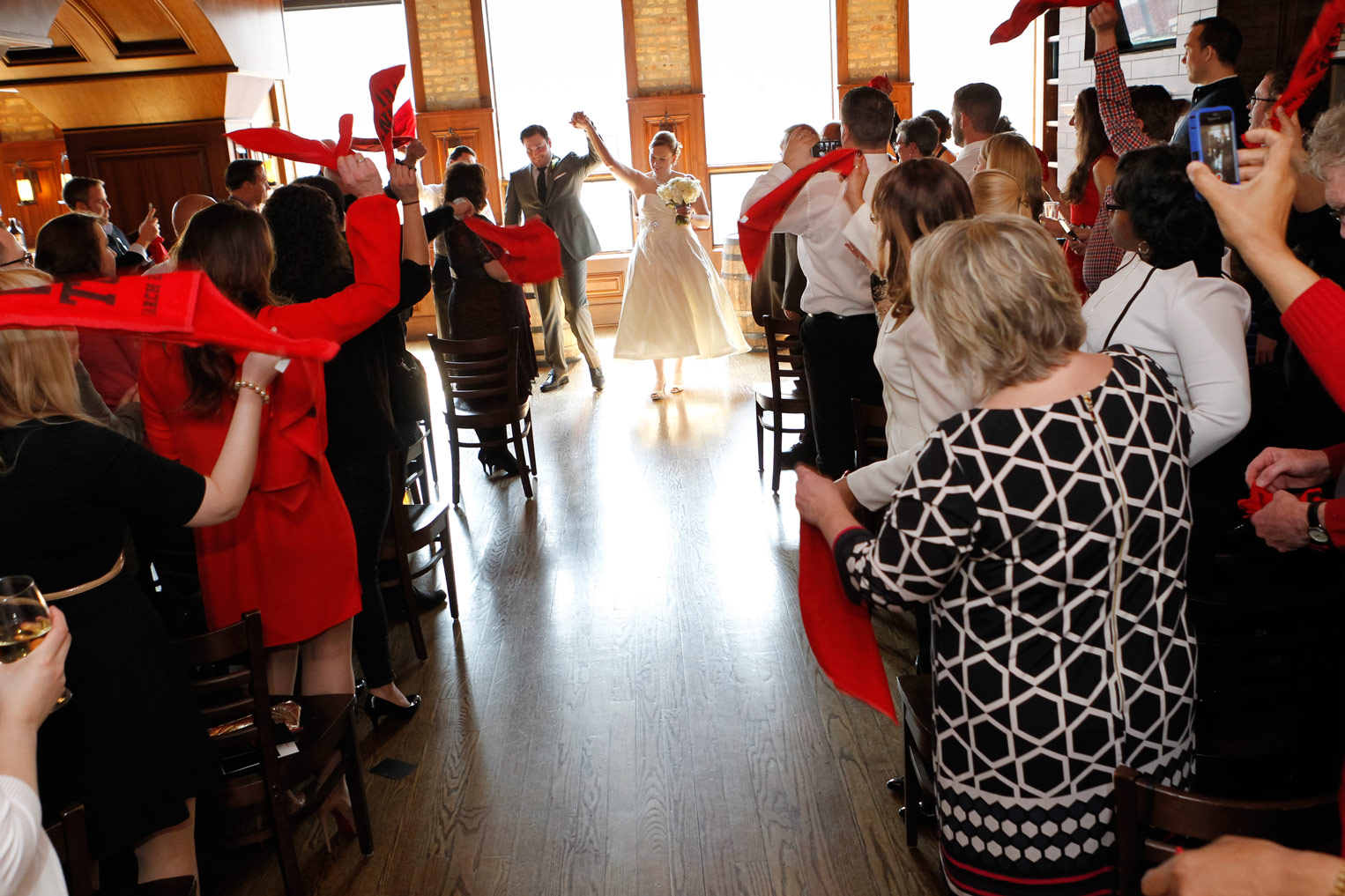 revolution-brewing-chicago-blackhawks-wedding-ruthie-hauge-photography-48.jpg