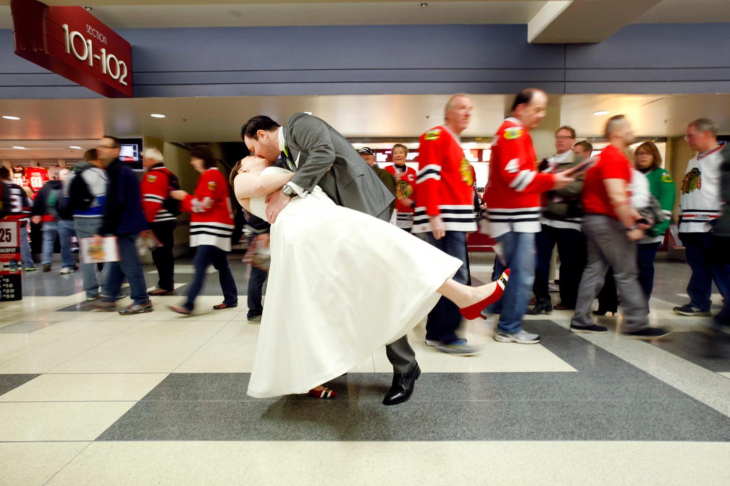 revolution-brewing-chicago-blackhawks-wedding-ruthie-hauge-photography-67.jpg