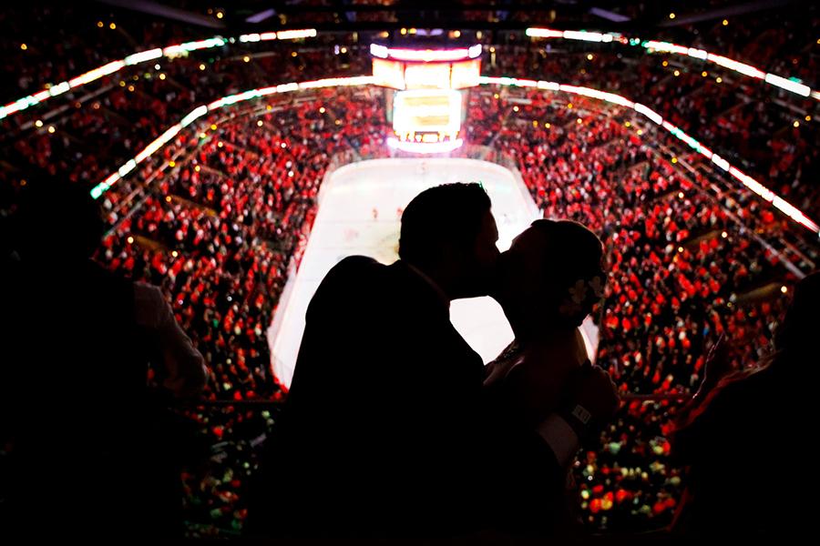 revolution-brewing-chicago-blackhawks-wedding-ruthie-hauge-photography-76.jpg