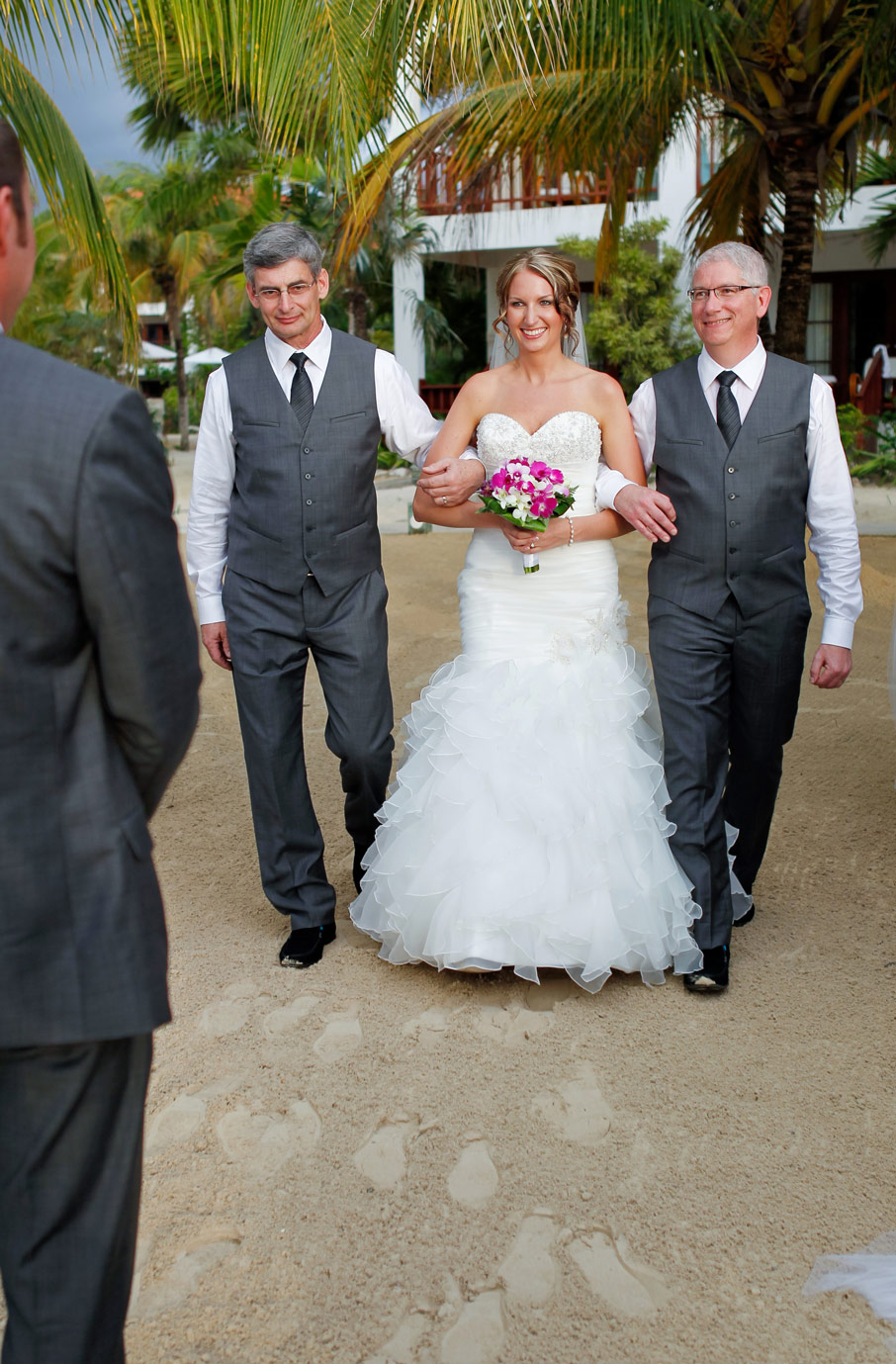 jamaica-milwaukee-destination-wedding-ruthie-hauge-photography-30.jpg