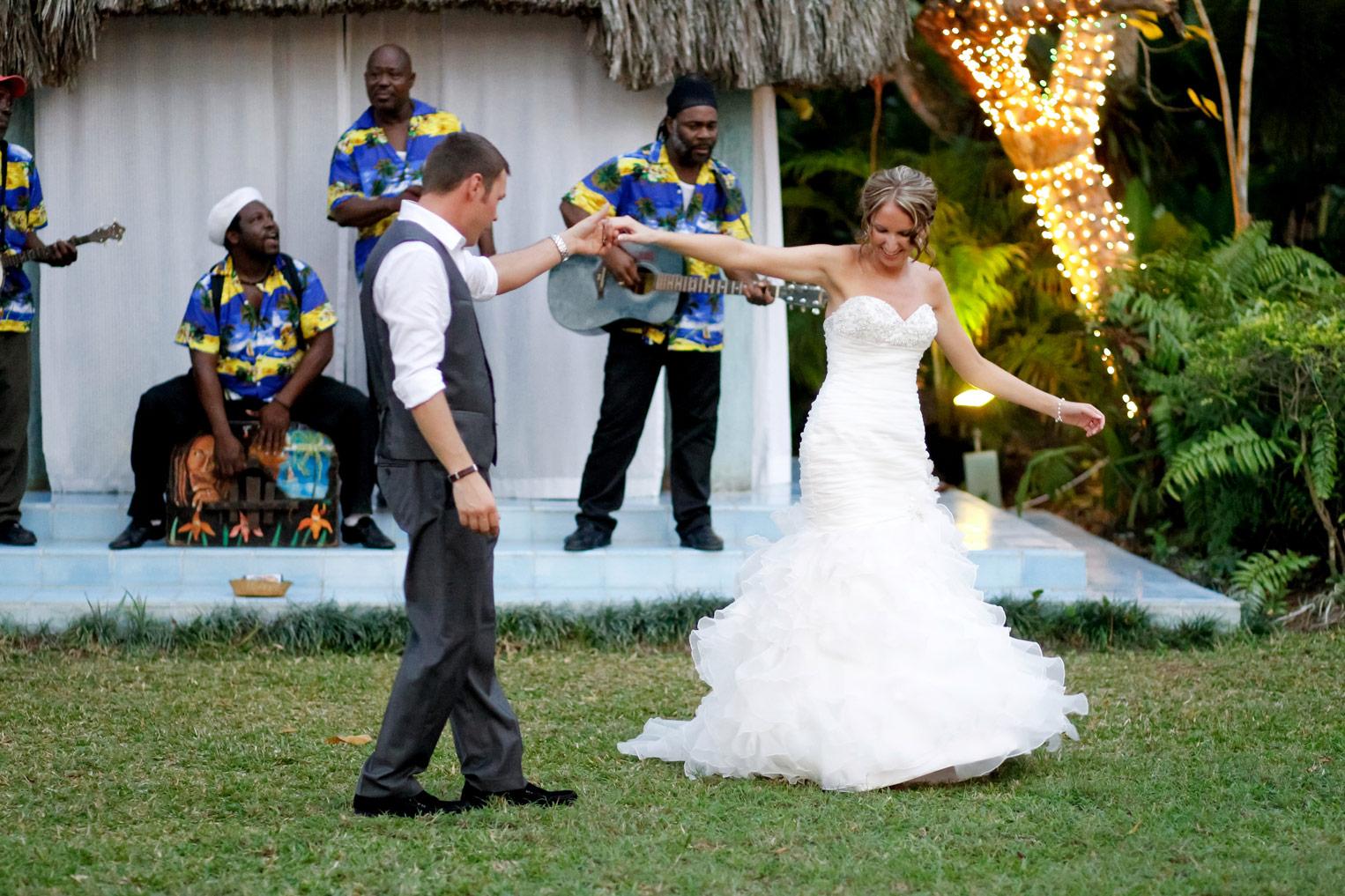 jamaica-milwaukee-destination-wedding-ruthie-hauge-photography-54.jpg