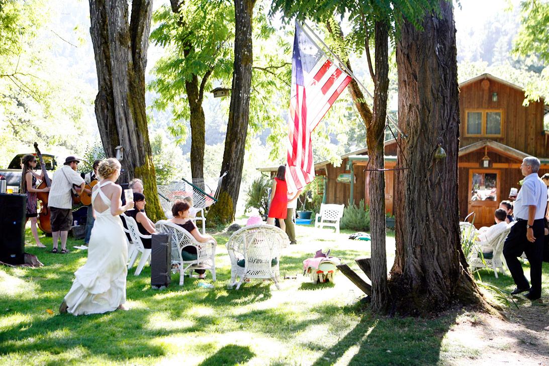 rustic-outdoor-trinity-river-wedding-ruthie-hauge-photography-21.jpg