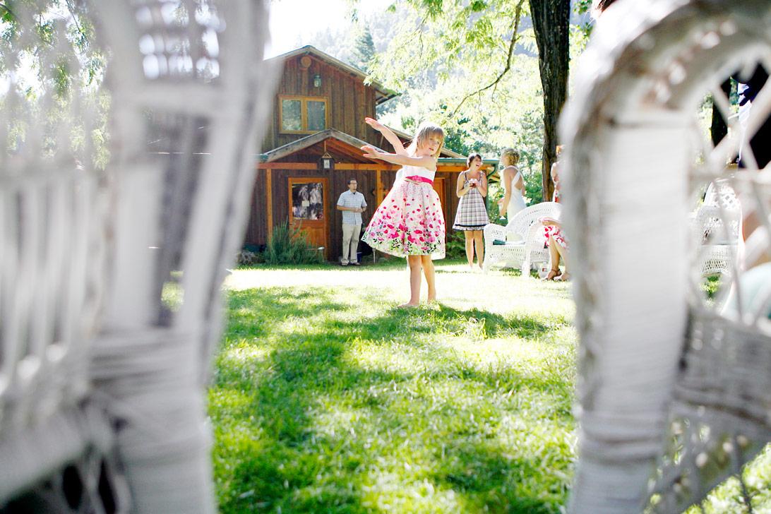 rustic-outdoor-trinity-river-wedding-ruthie-hauge-photography-27.jpg