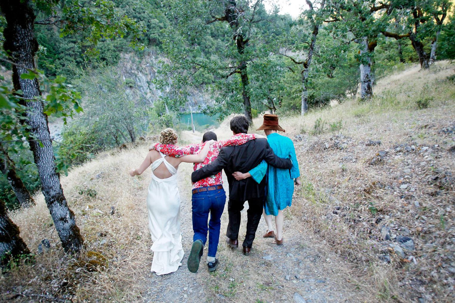 rustic-outdoor-trinity-river-wedding-ruthie-hauge-photography-39.jpg