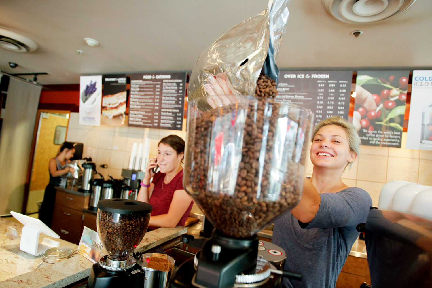 conscious-cup-coffee-marketing-commercial-promotional-photography-ruthie-hauge-madison-wi25.jpg