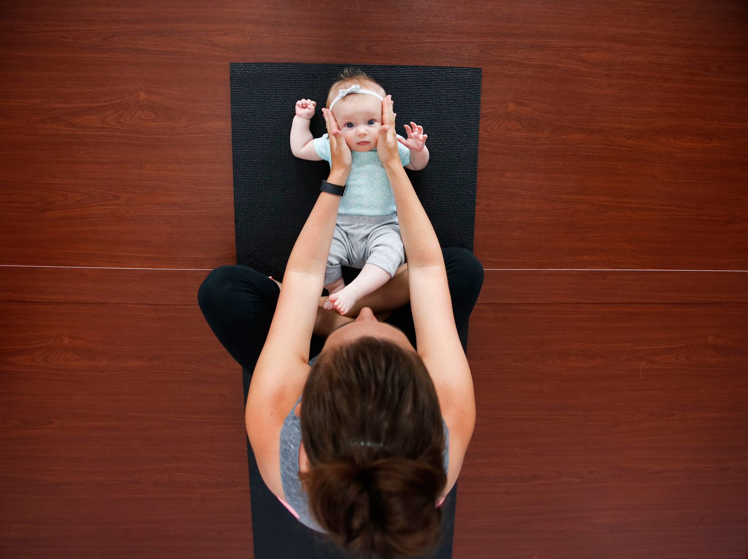 ohmmother-yoga-marketing-commercial-promotional-ruthie-hauge-photography-madison-wi-28.jpg