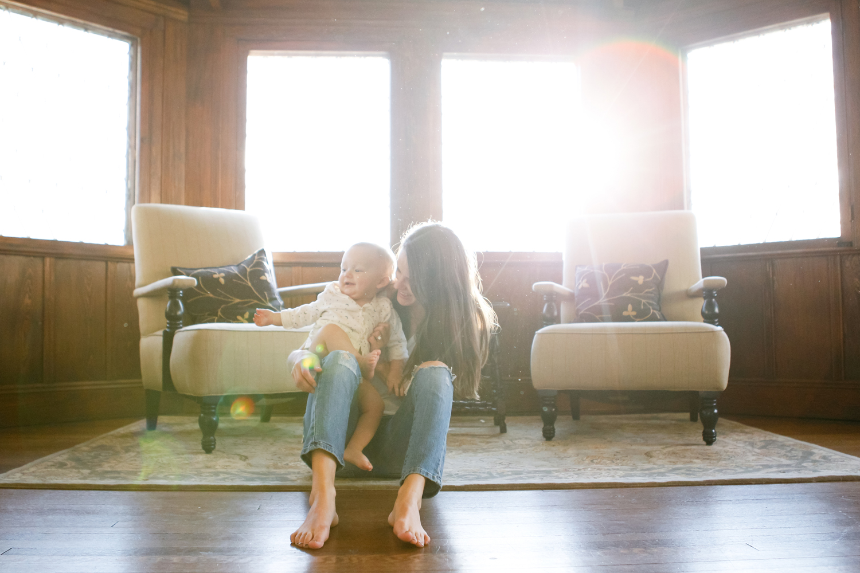 madison-wi-lifestyle-documentary-photography-family-children-babies-ruthie-hauge-01.jpg