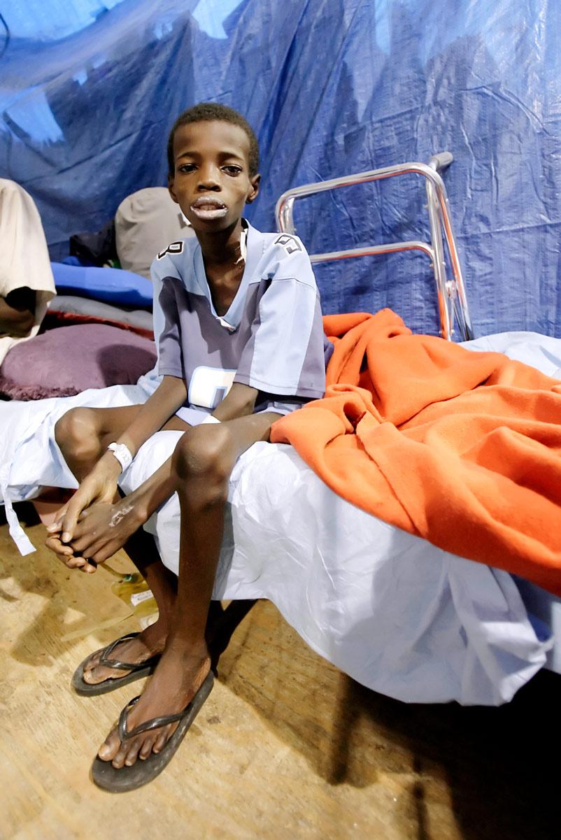 Haiti Earthquake Sun-Times 08.jpg