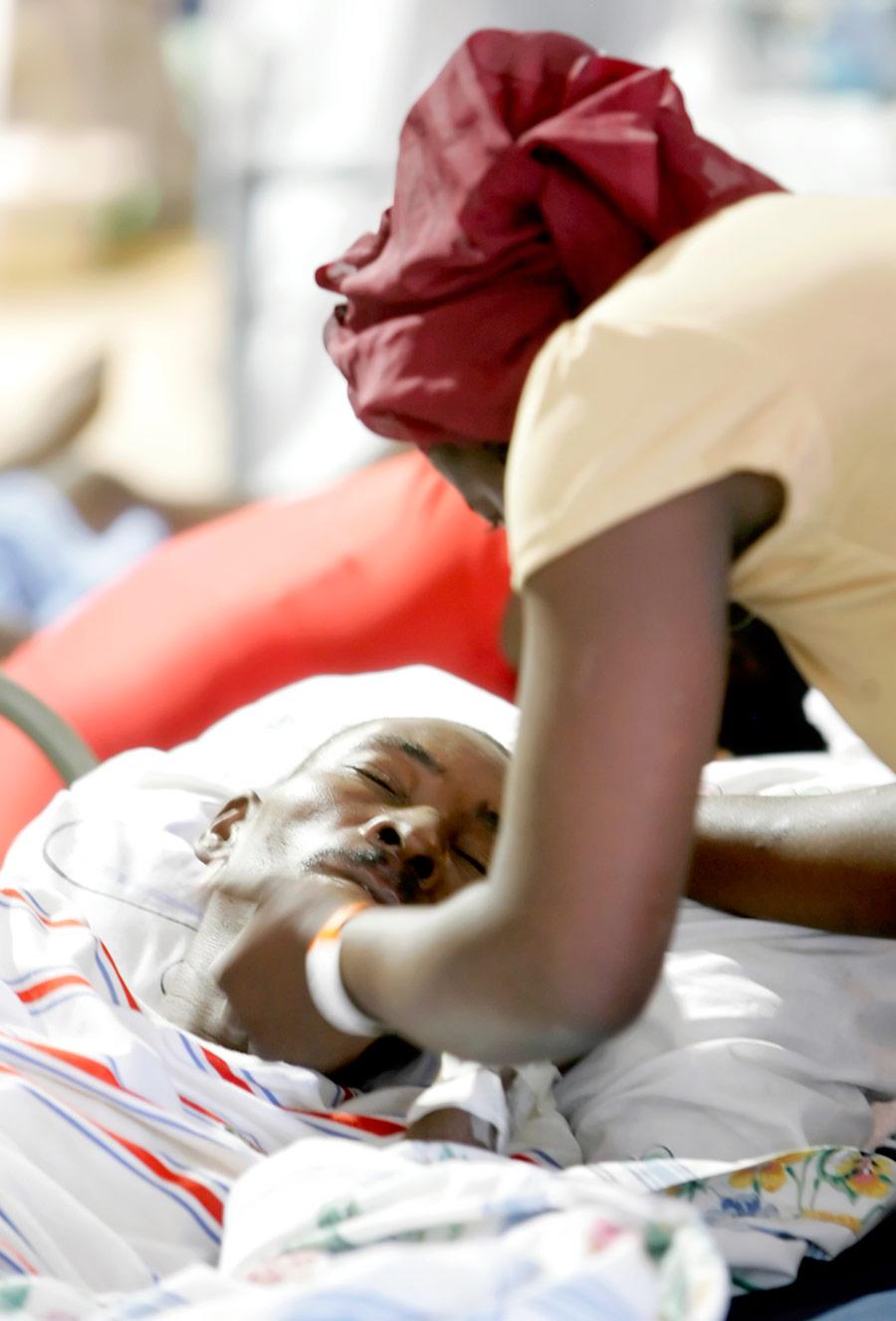 Haiti Earthquake Sun-Times 09.jpg