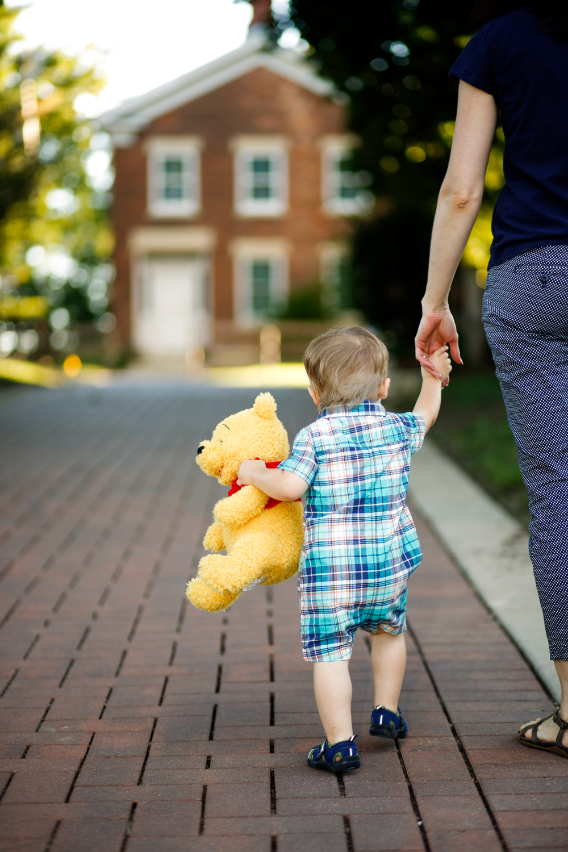 toddler-candid-lifestyle-photographer-madison-wi-ruthie-hauge-photography-photojournalist.jpg