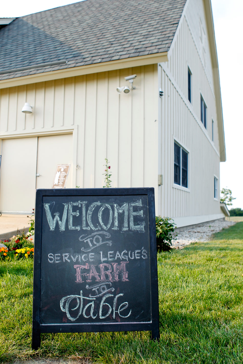 event-photographer-madison-wi-dane-county-gala-fundraiser-ruthie-hauge-photography-farm-to-table 03.jpg
