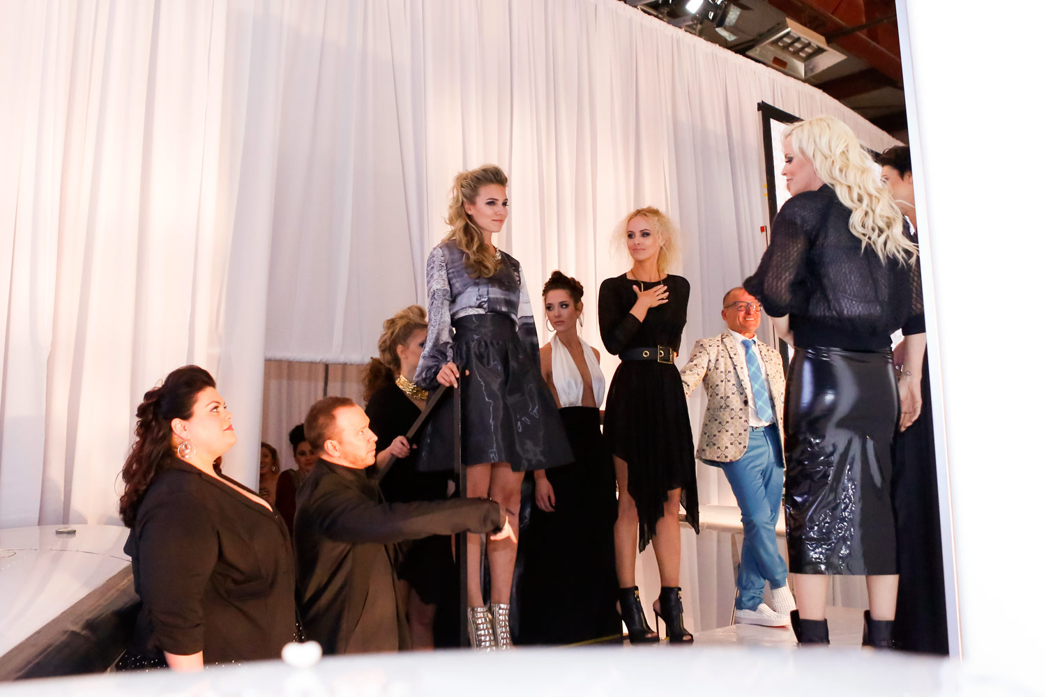 event-photography-gala-ruthie-hauge-fashion-show-dupage-airport-geneva-st-charles-jenny-mccarthy-donnie-wahlberg-36.jpg