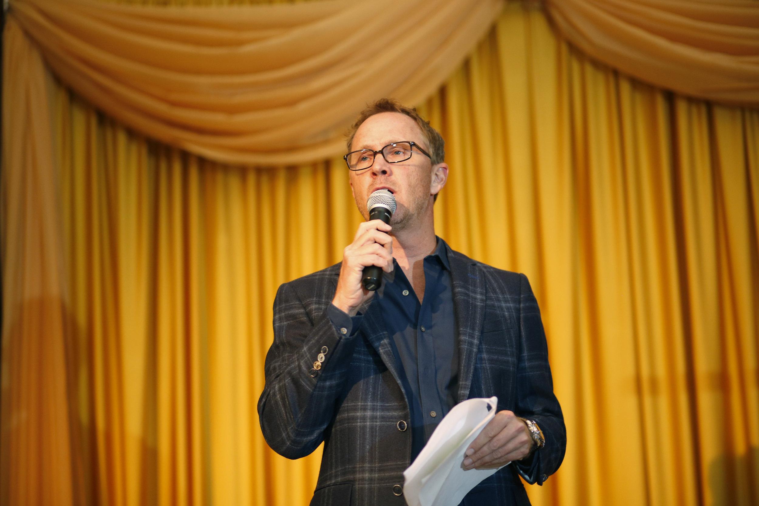golf-give-gala-celebrity-michael-phelps-jason-day-event-photographer-madison-wi-6.jpg