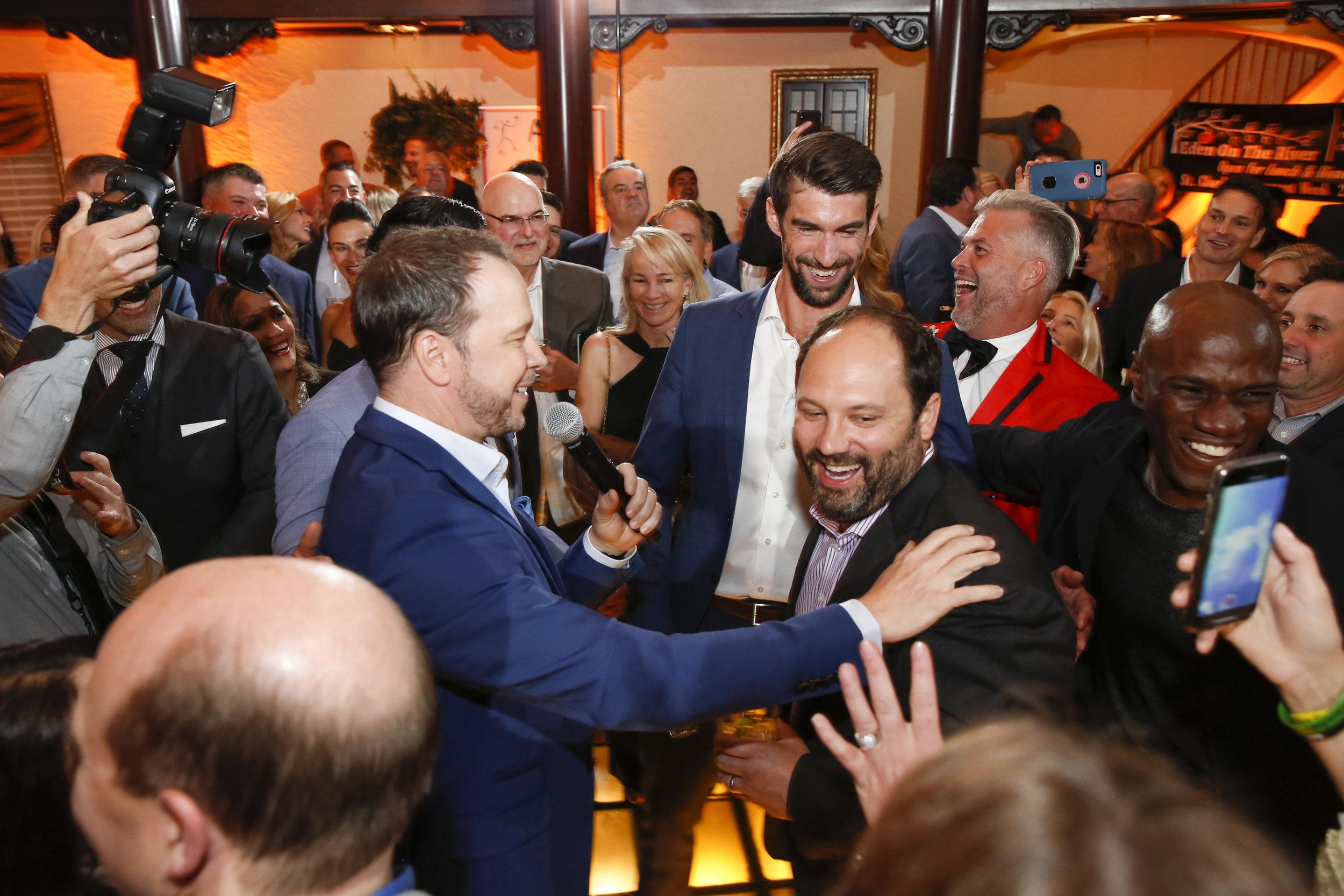 golf-give-gala-celebrity-michael-phelps-jason-day-event-photographer-madison-wi-45.jpg