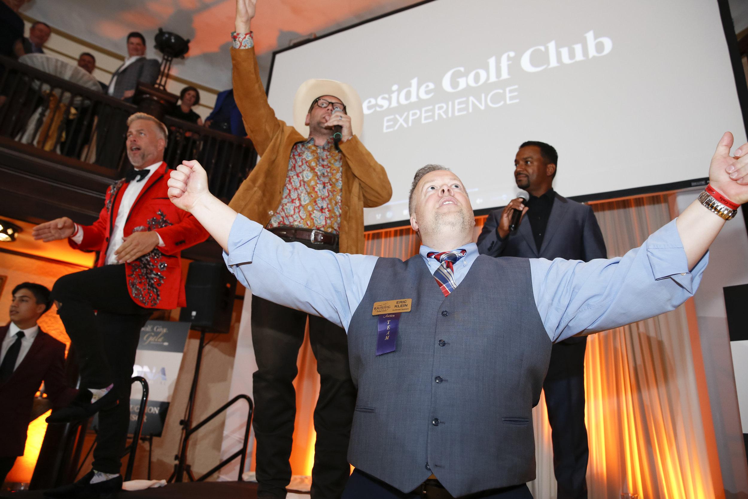 golf-give-gala-celebrity-michael-phelps-jason-day-event-photographer-madison-wi-49.jpg