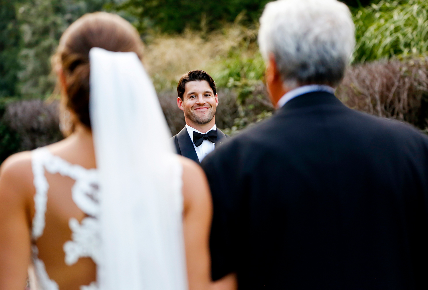 armour-house-wedding-photojournalism-Ruthie-Hauge-Photography-ceremony-outdoor-Lake-Forest-Madison-Wi-photographer.jpg