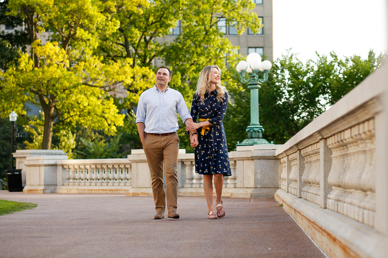 madison-wisconsin-wi-capital-capitol-building-engagement-session-ruthie-hauge-photography.jpg
