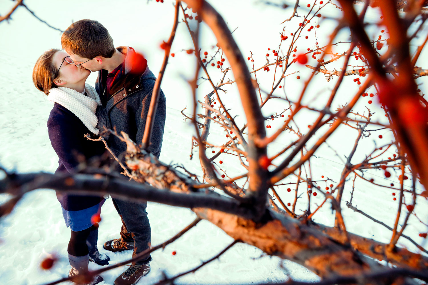 tenney-park-madison-wi-engagement-session-snow-winter-lake-mendota-sunset-ruthie-hauge-photography.jpg