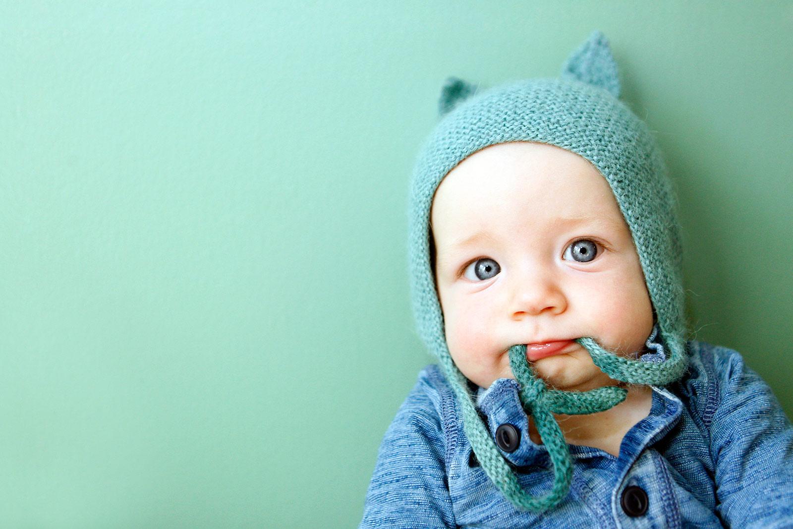 Baby-Portraits-Photography-Fox-Valley-Geneva-Alternative-Candid-Photojournalistic-Family.jpg