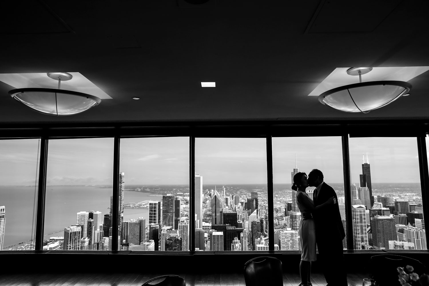signature-room-95th-john-hancock-chicago-wedding-ruthie-hauge-photography.jpg