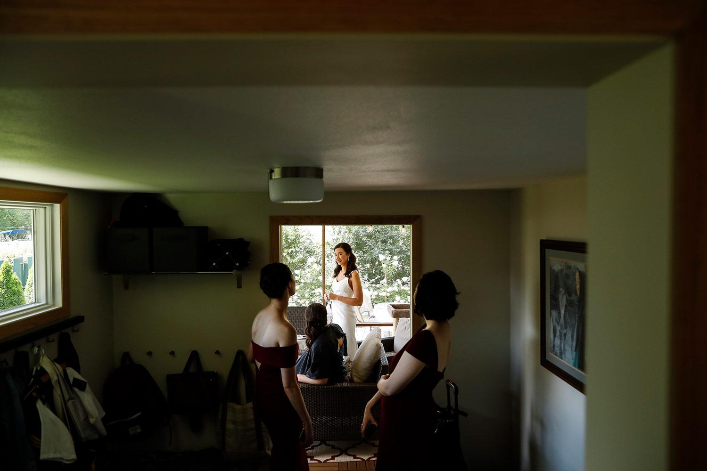 home-getting-ready-monona-madison-wisconsin-wedding-photographer-ruthie-hauge-photography.jpg