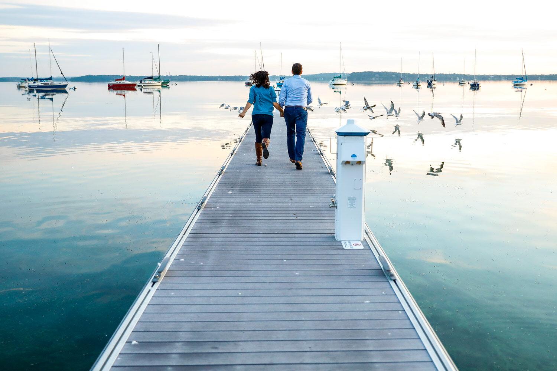 lake-mendota-engagement-session-uw-memorial-union-terrace-summer-ruthie-hauge-photography-madison-wisconsin.jpg