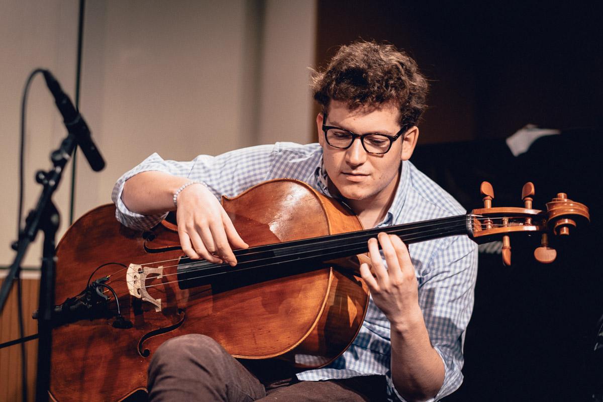 CelloQuerJakobmaul.com.jpg